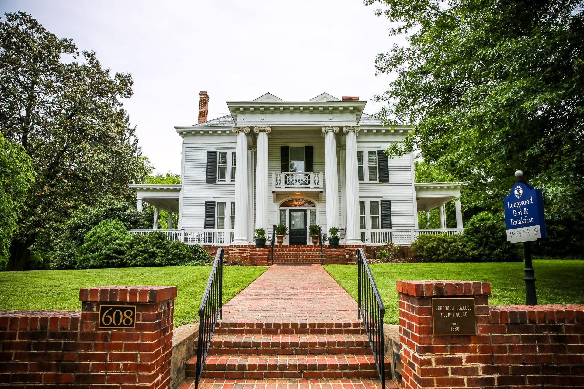 05 Longwood Bed and Breakfast