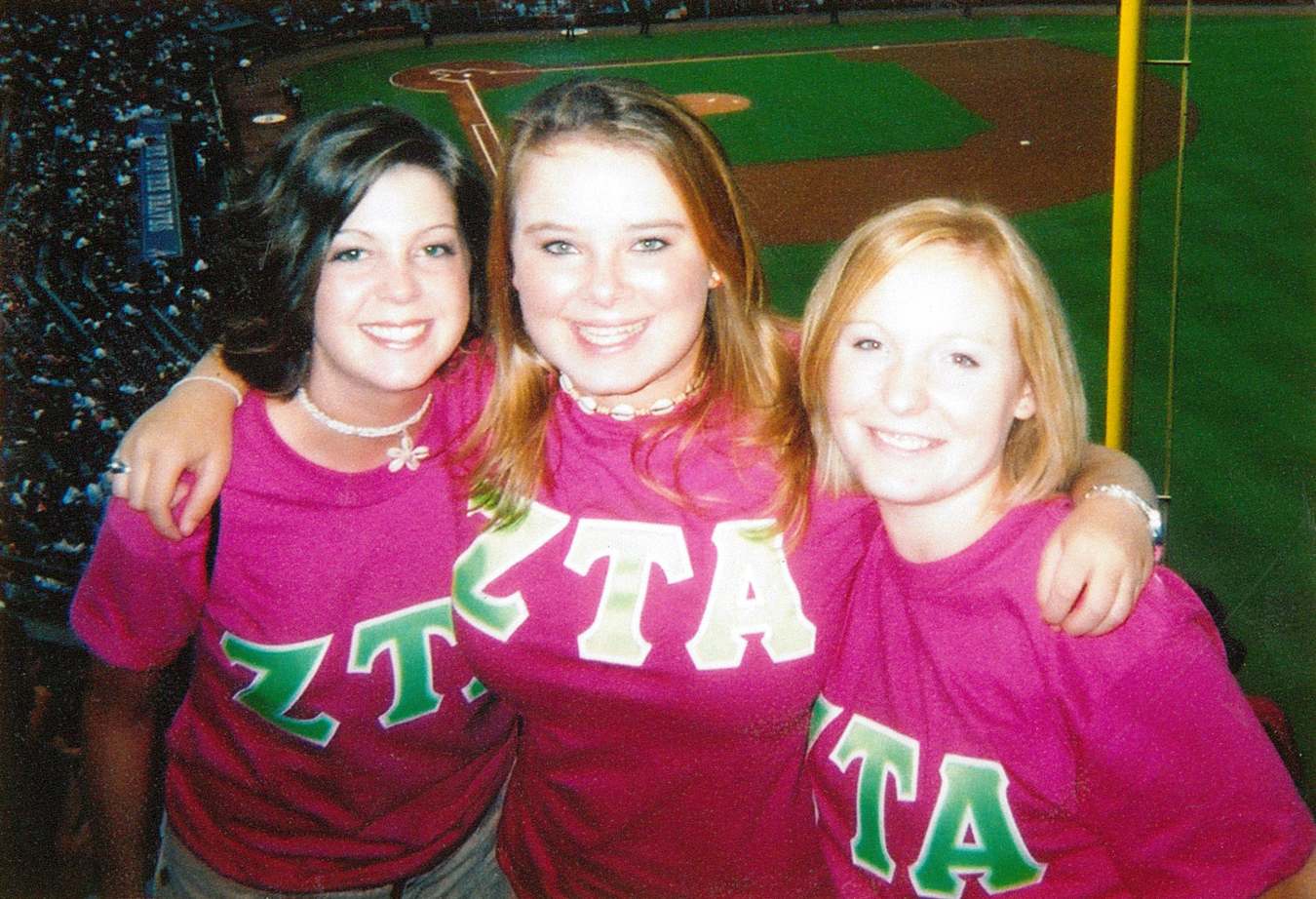 04-zeta-tau-alpha-sisterhood-retreat-braves-game-lindsey-archer