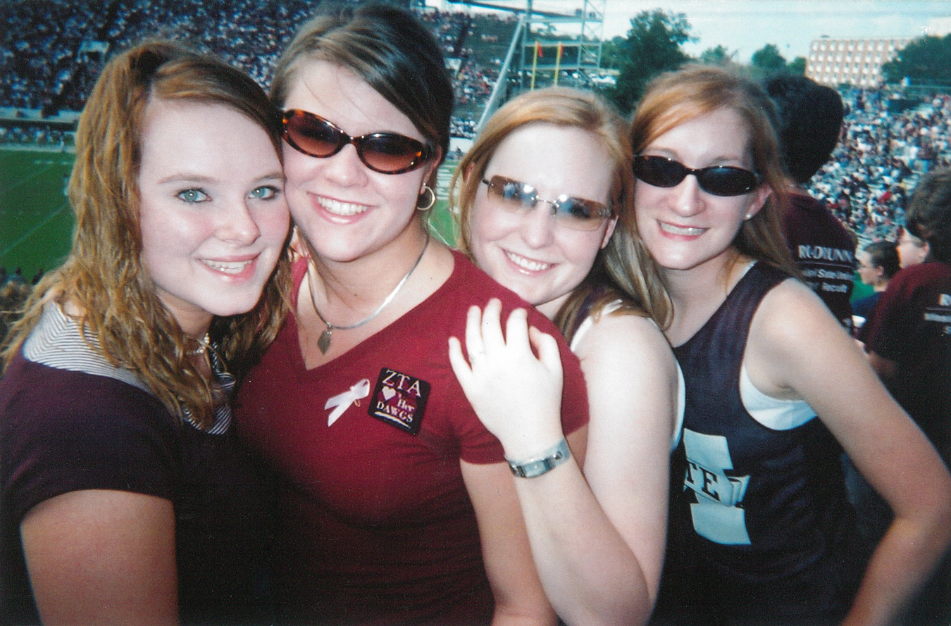 06-mississippi-state-zta-group-football-game-02-lindsey-archer